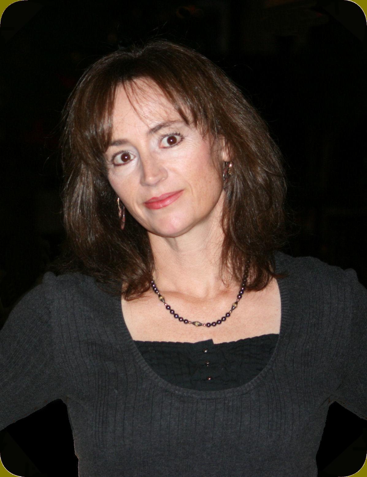 Helen Hanson thriller writer